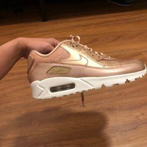 Nike Air Max pink 6.5